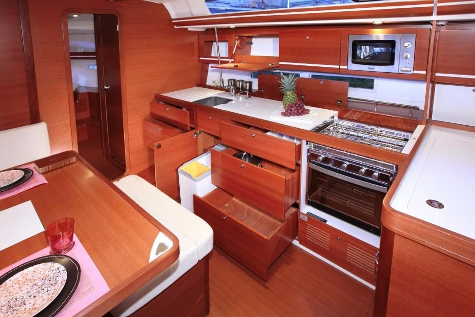 dufour 445 interior