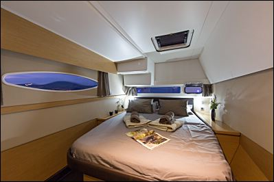Helia 44 cabin