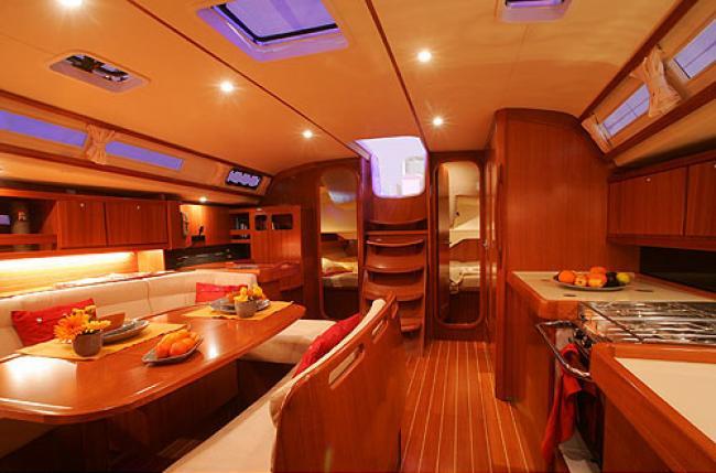 Dufour 455 interior