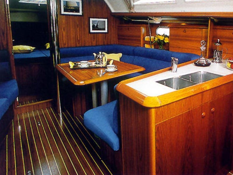 Sun Odyssey 37 Interior