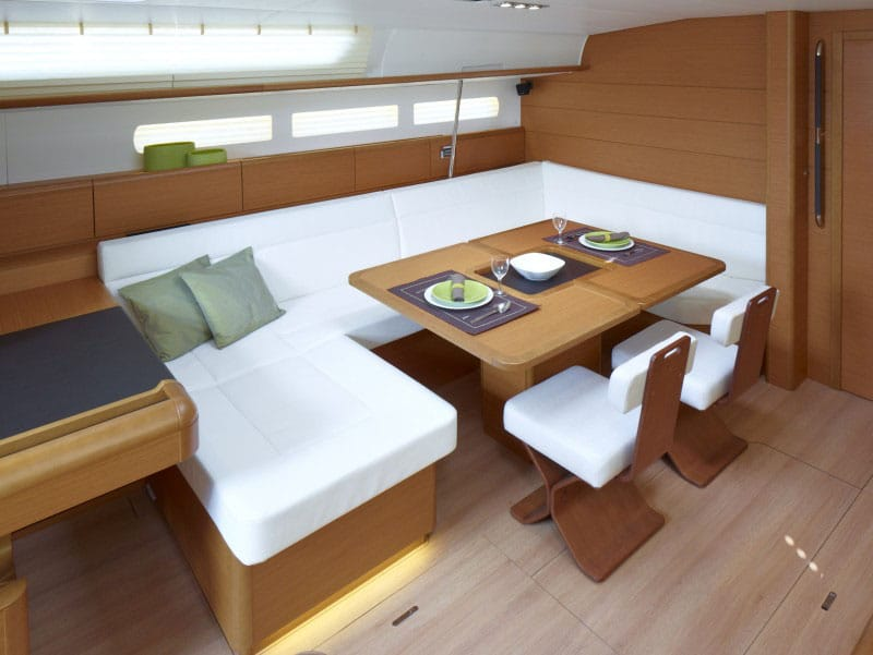 Sun Odyssey 519 Interior