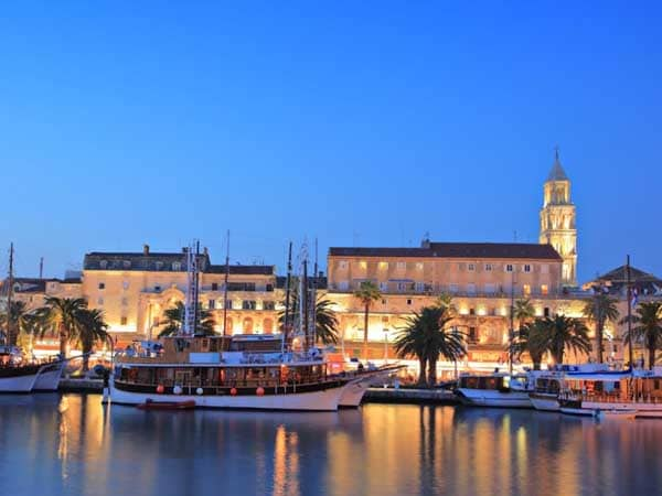croatia-split-by-night