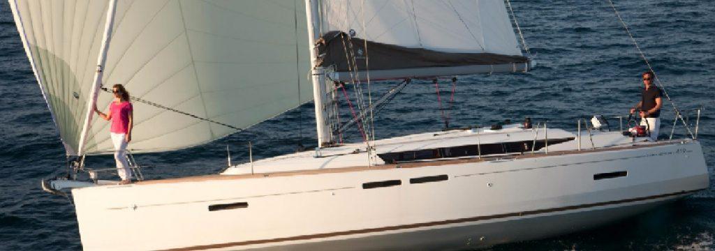Sun Odyssey 419 sailing