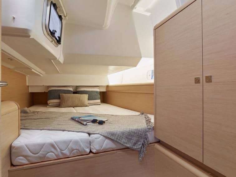 Sun Odyssey 449 Cabin