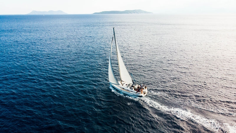 Learn to Sail in Greece
